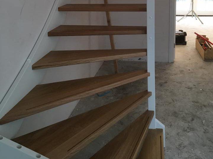 Van erven trappen de kortste weg naar een nieuwe houten trap for Nieuwe trap laten plaatsen